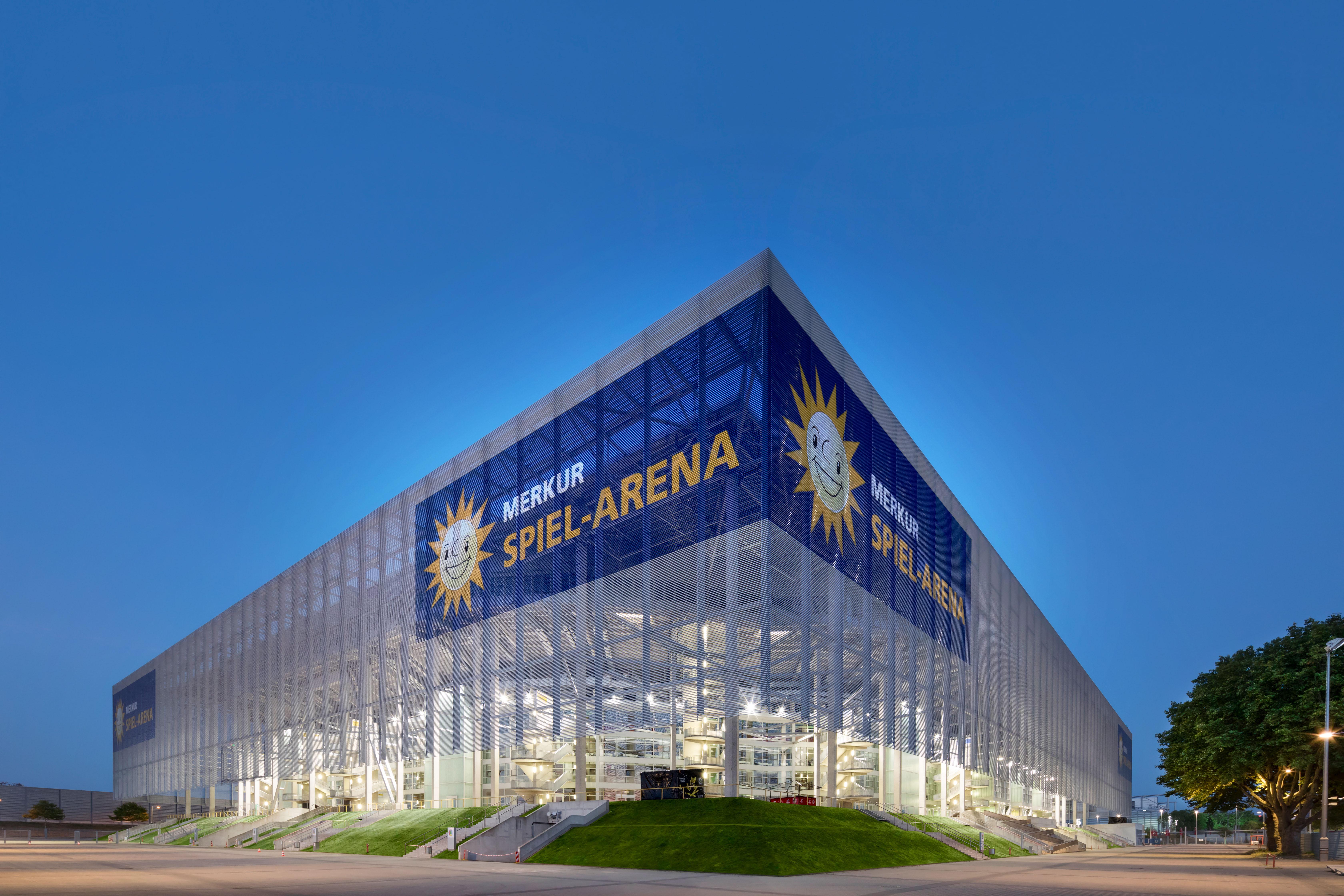 Arena Spiele